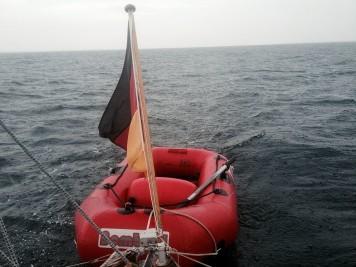 Nasses Schlauchboot